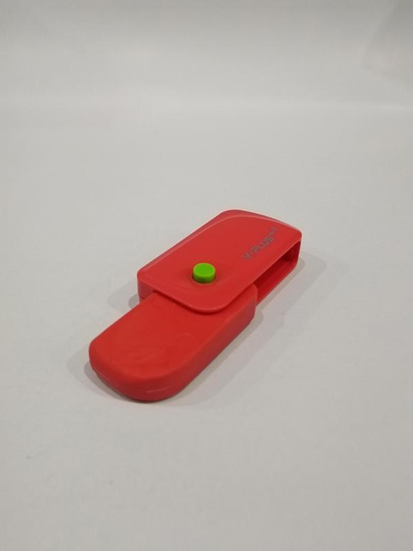 Bộ 2 Tẩy Bấm Spinner - Y PLUS+ EX1106 - Màu Đỏ