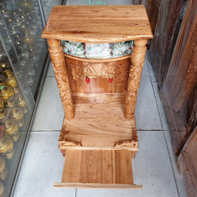 Bàn thờ thần tài ông địa gỗ xoan ngang 42 cm quỳ trụ điện tử