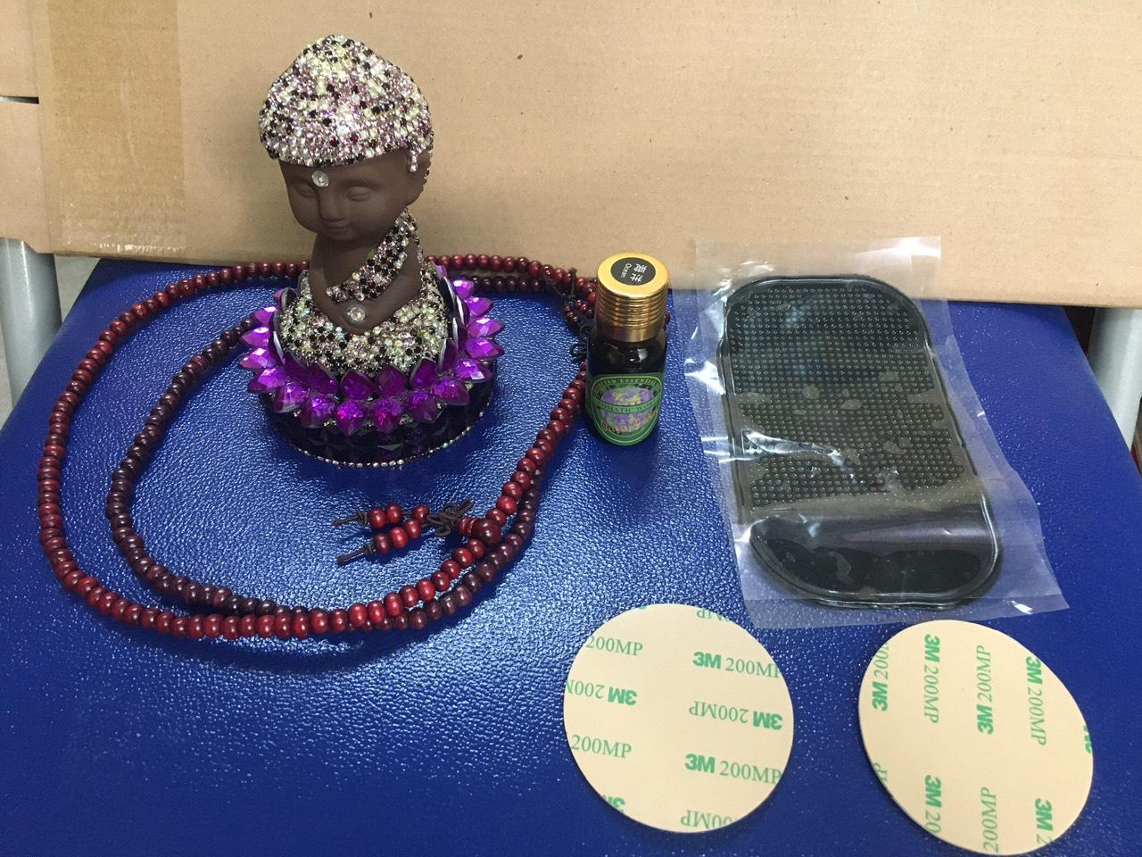 Tượng Phật nước hoa pha lê để xe ô tô, tặng kèm tinh dầu nước hoa, chuỗi hạt, miếng chống trượt đa năng