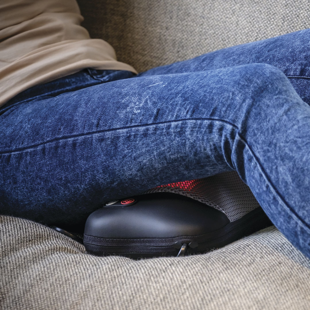 Gối massage Shiatsu 4 bi lăn, chức năng hồng ngoại Homedics SP-6H-GB Nhập khẩu USA