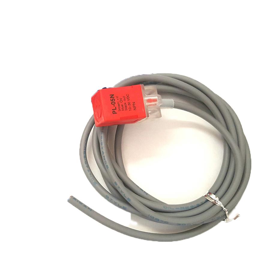 Cảm Biến Tiệm Cận  PL-05N 10-30VDC