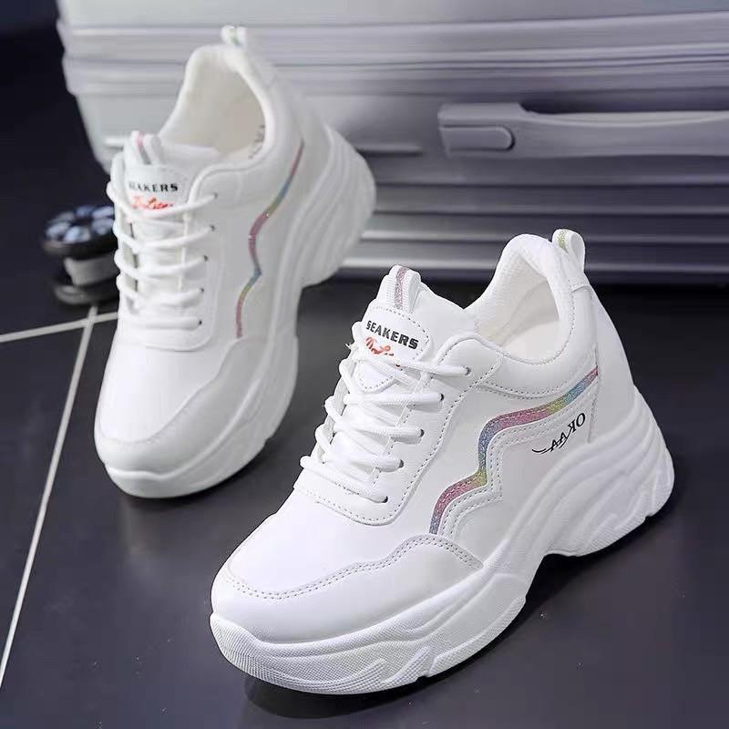 Giày thể thao nữ đế độn KO