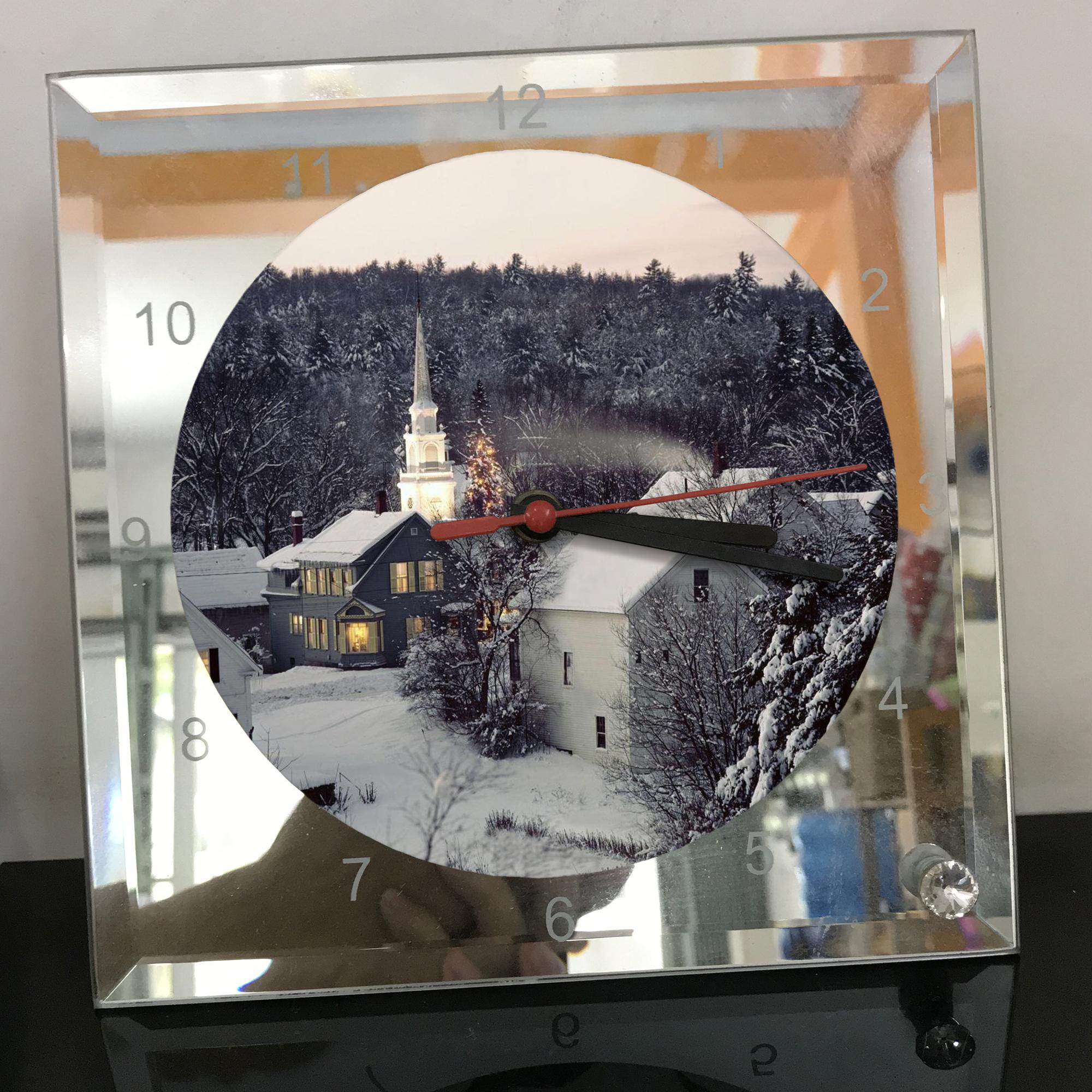Đồng hồ thủy tinh vuông 20x20 in hình Church - nhà thờ (129) . Đồng hồ thủy tinh để bàn trang trí đẹp chủ đề tôn giáo