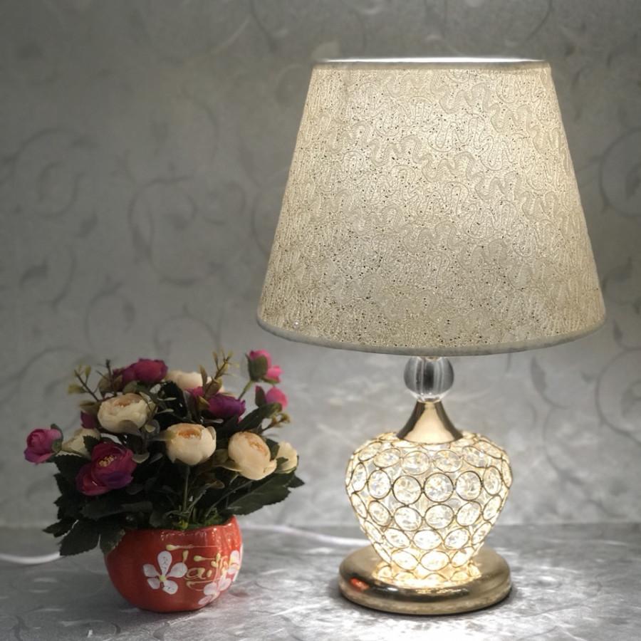 Đèn ngủ - đèn bàn trang trí phòng ngủ - đèn để bàn pha lê hiện đại MB8518