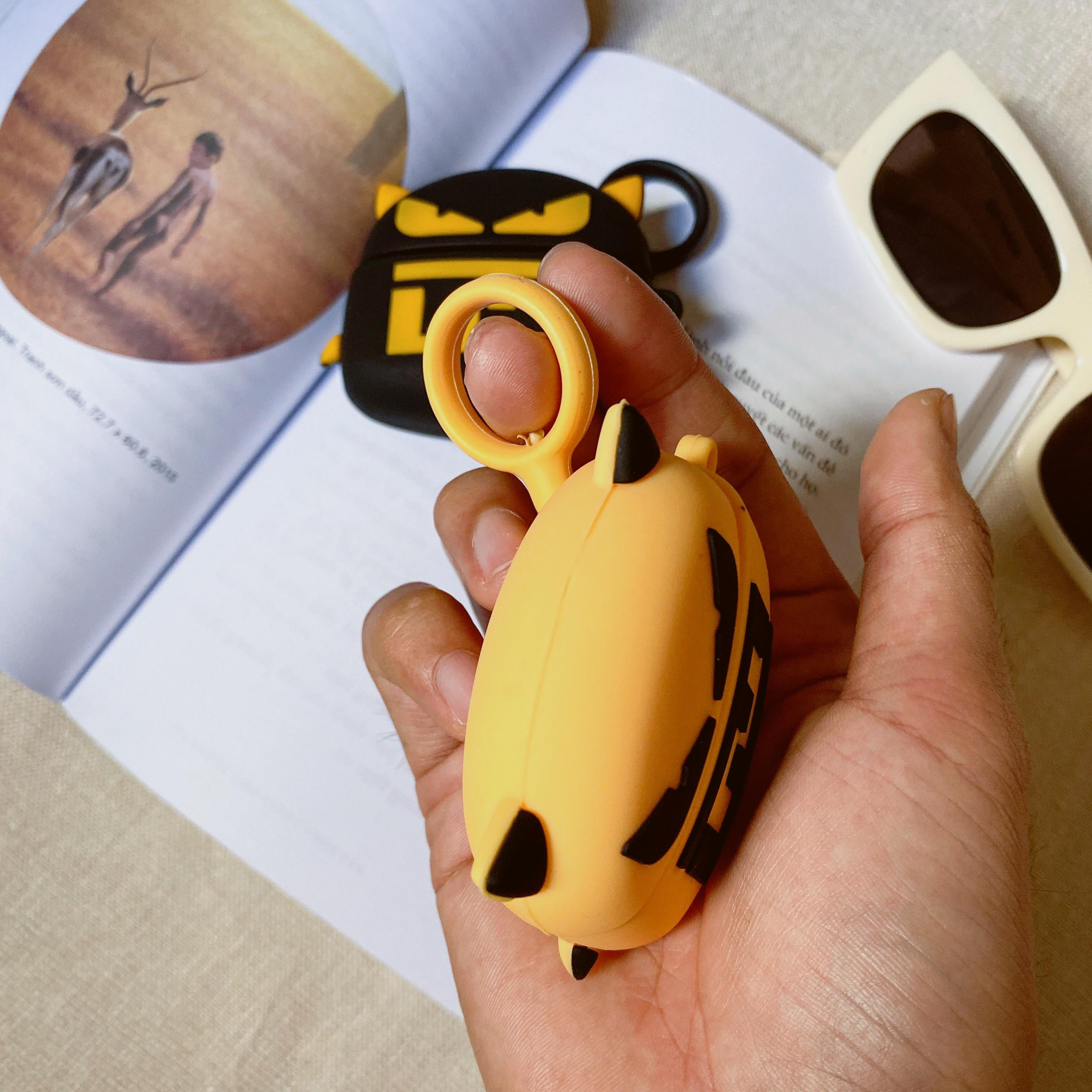 Airpods Pro Case, Ốp Bảo Vệ Dành Cho Airpods Pro - Mắt Mèo - Hàng Chính Hãng