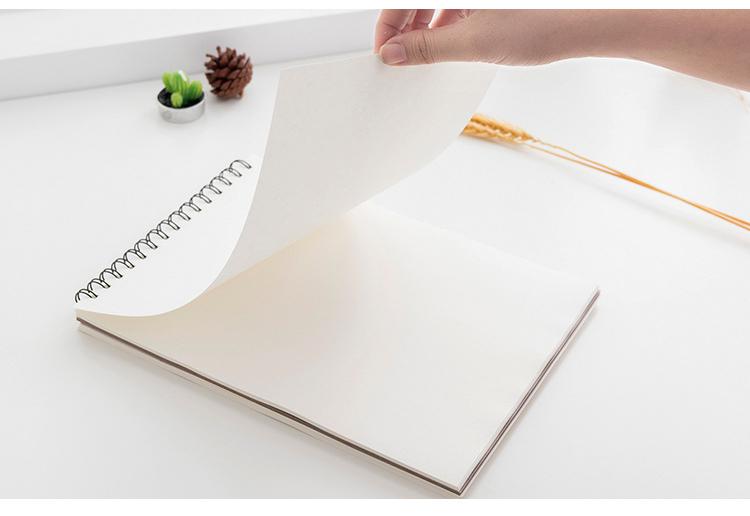 Sổ Ký Hoạ Gáy Lò Xo Cao Cấp A4 Sketchbook ( Sổ Vẽ) - Giao Mẫu Ngẫu Nhiên