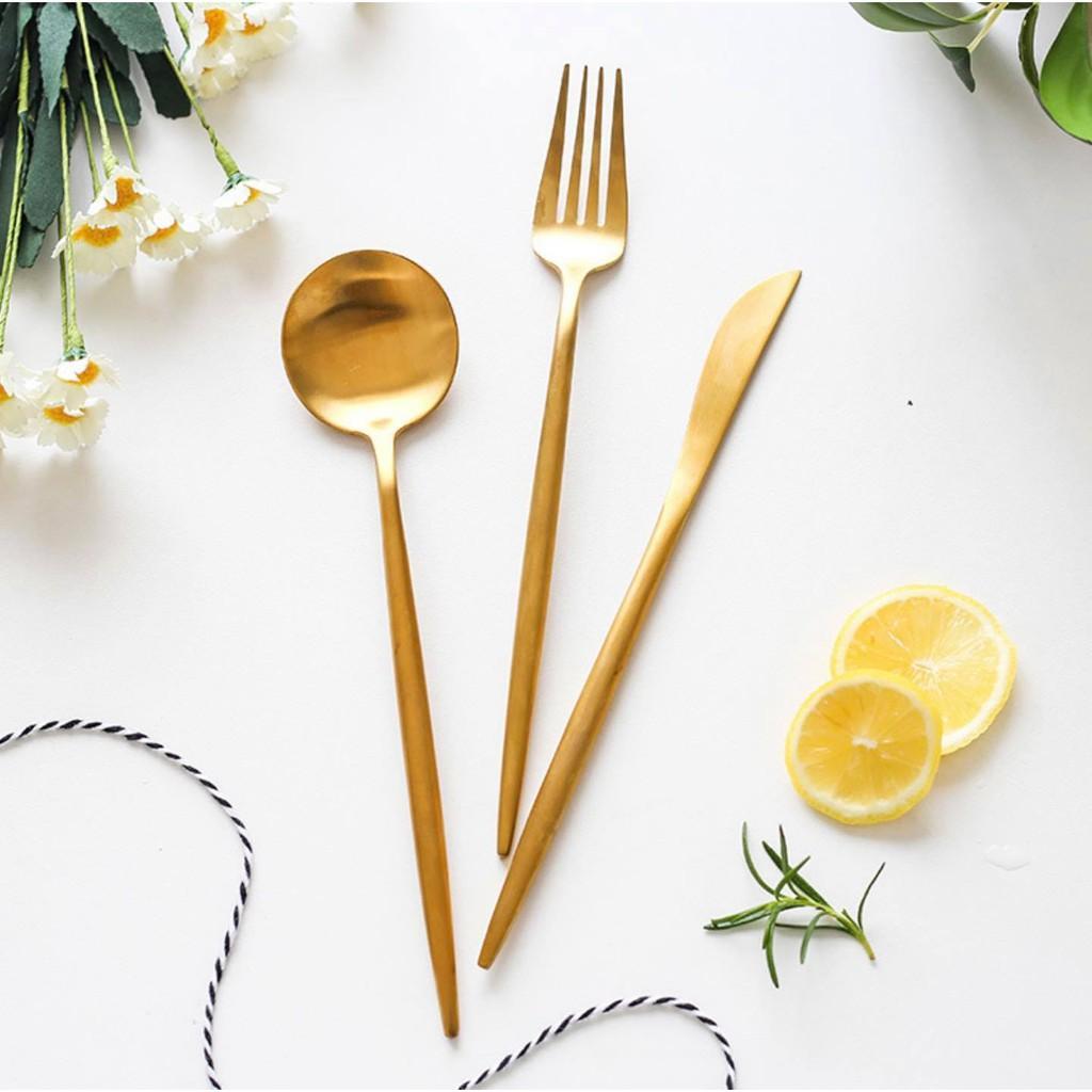 Set dao nĩa muỗng thép không gỉ