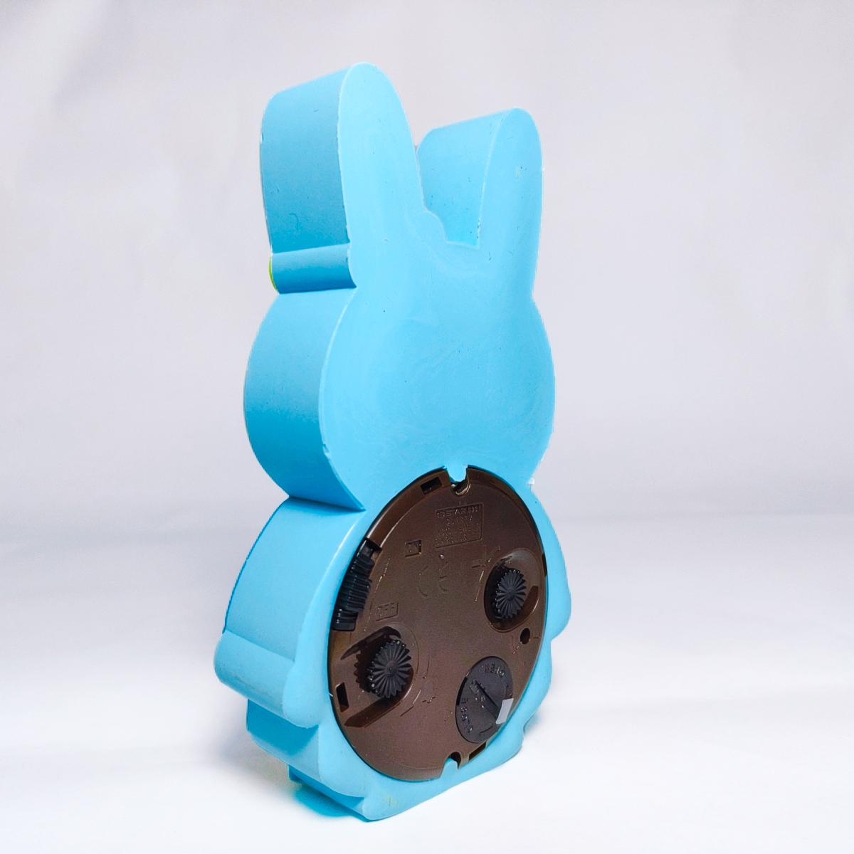 Đồng Hồ Để Bàn Thỏ Con (Màu giao ngẫu nhiên)