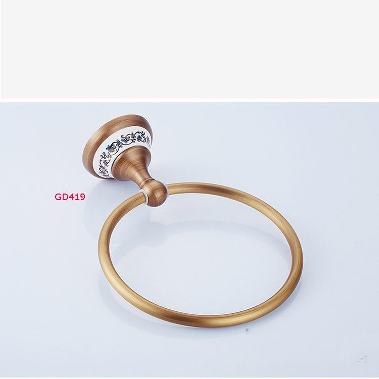 Giá treo đồ nhà tắm hình tròn đồng cao cấp GD419