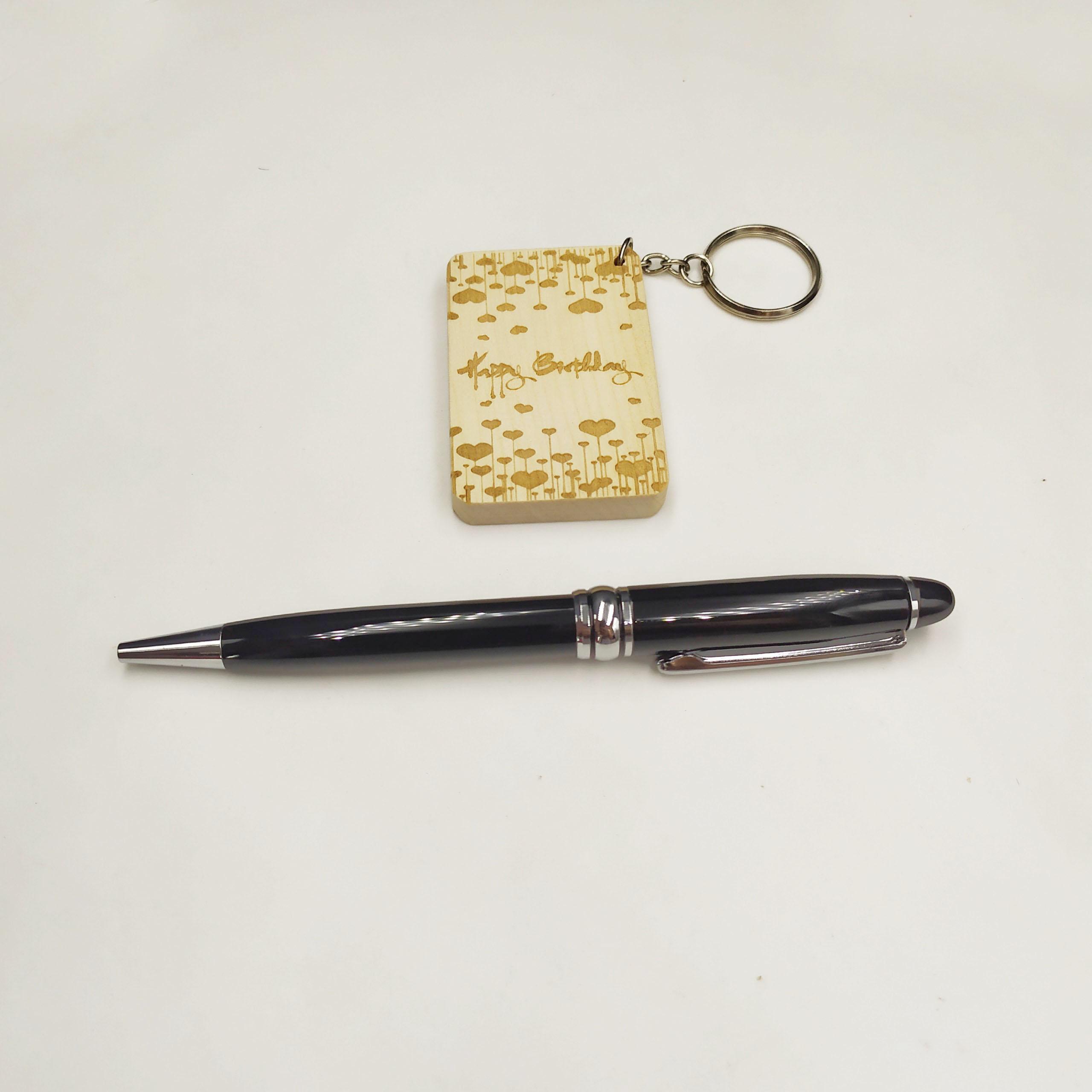 Combo Bút kim loại & Móc khóa gỗ (PQ01)
