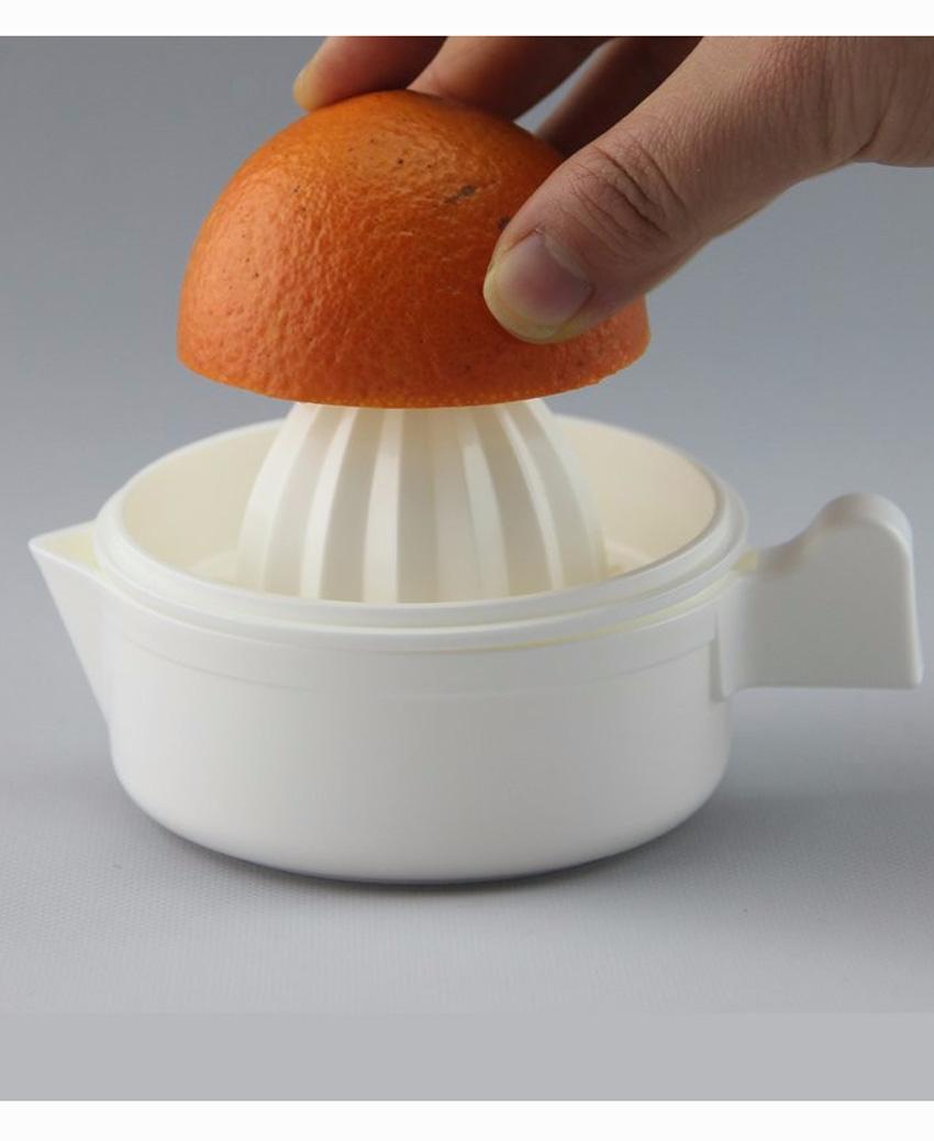 Combo dụng cụ vắt cam, quýt có lọc hạt + bình uống nước có nắp đậy 500ml nội địa Nhật Bản