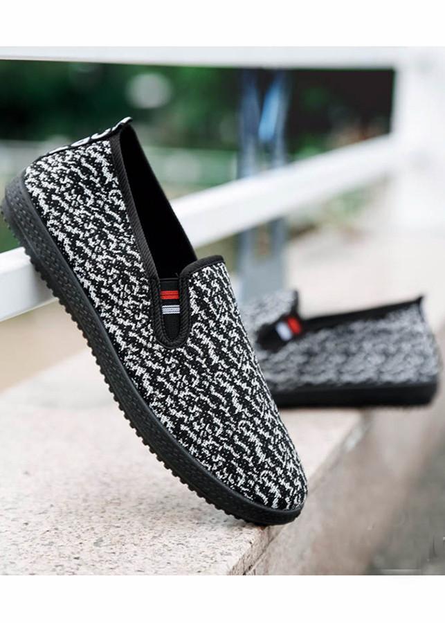 Giày Sneaker Nam Dáng Hàn Quốc, Ôm Chân  Tazano Màu Đen AT30