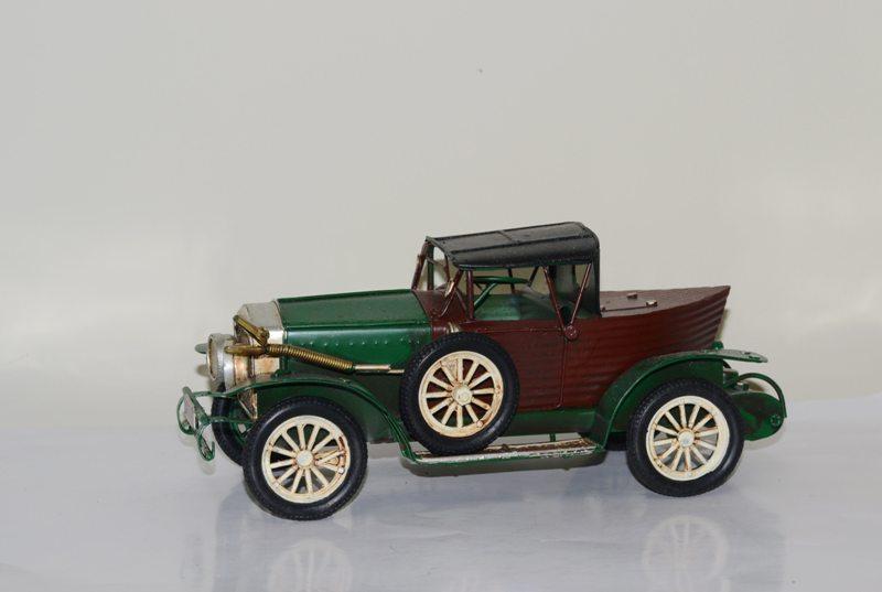 Mô hình Xe Ô tô Kim Loại Cổ Điển retro/ Vintage Metal Car Handmade Decoration (1810D-1120)