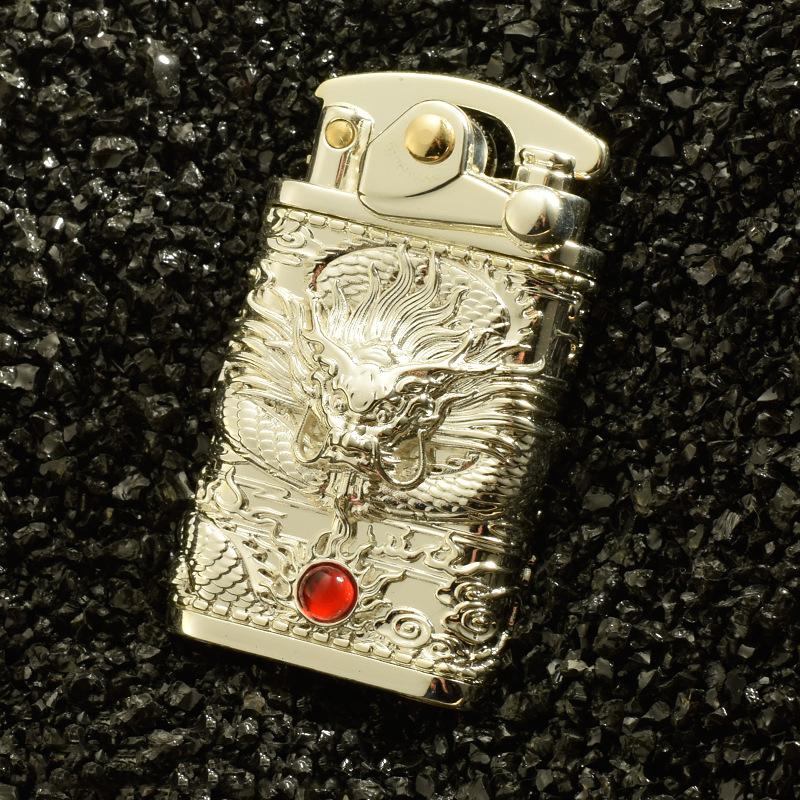 Hột Quẹt Bật Lửa Xăng Đá Z592-608 Đánh Lửa Tự Động Hình Rồng Cuộn Nhả Ngọc May Mắn - Giao Màu Ngẫu Nhiên