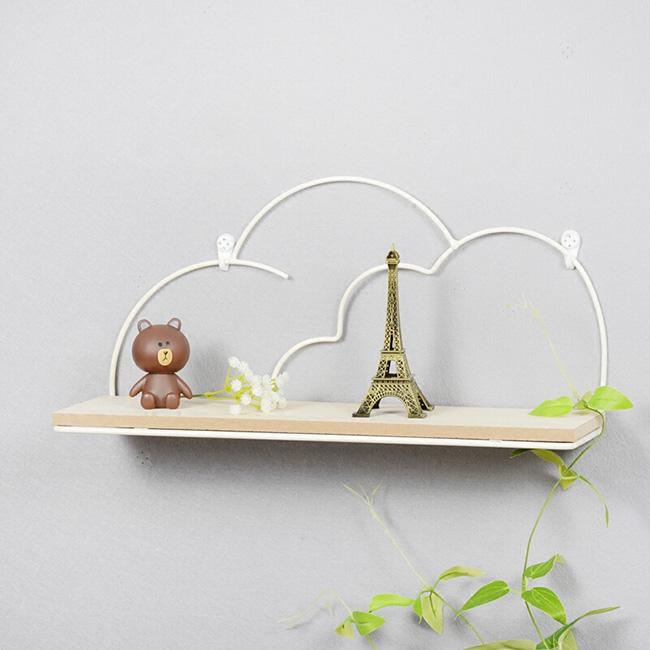 Giá gỗ treo tường viền kim loại đám mây