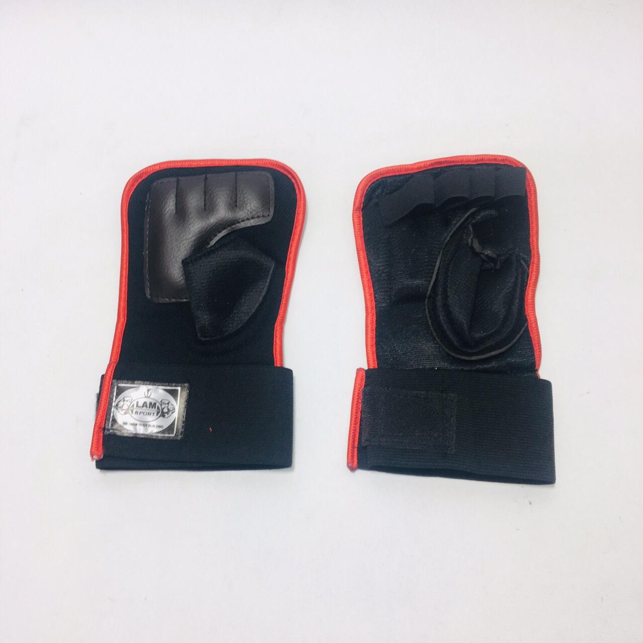 Găng tay tập gym màu đen viền đỏ