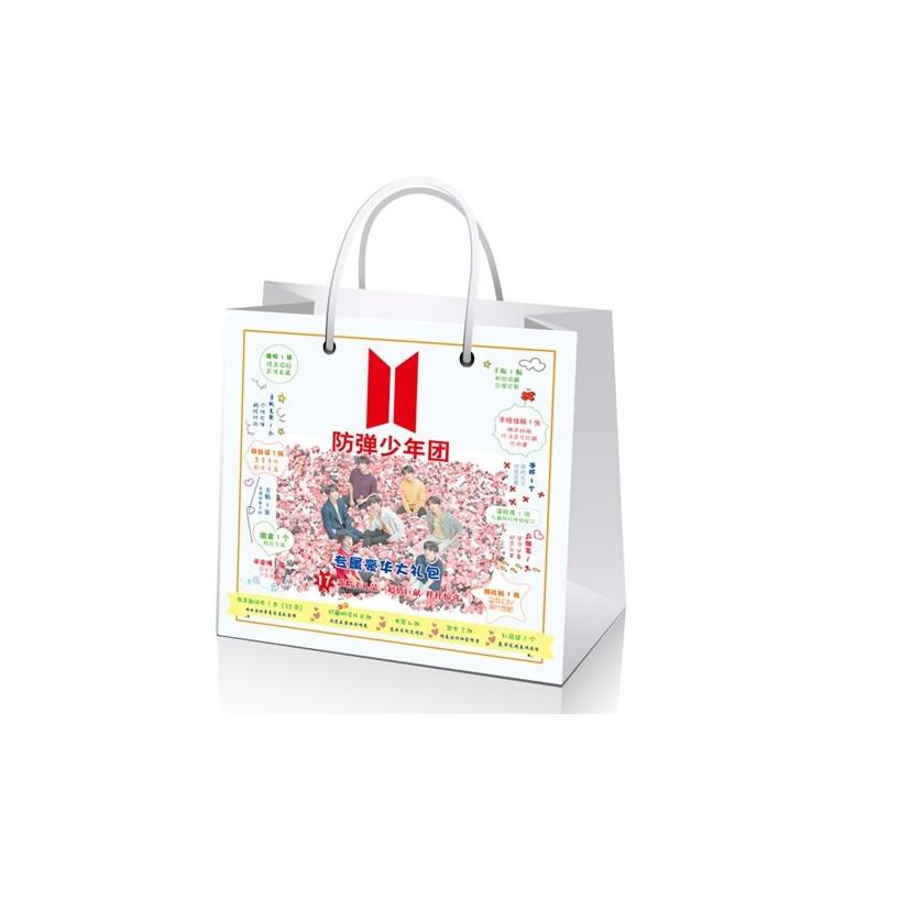Túi quà BTS nền hoa hồng mới - Mẫu 1