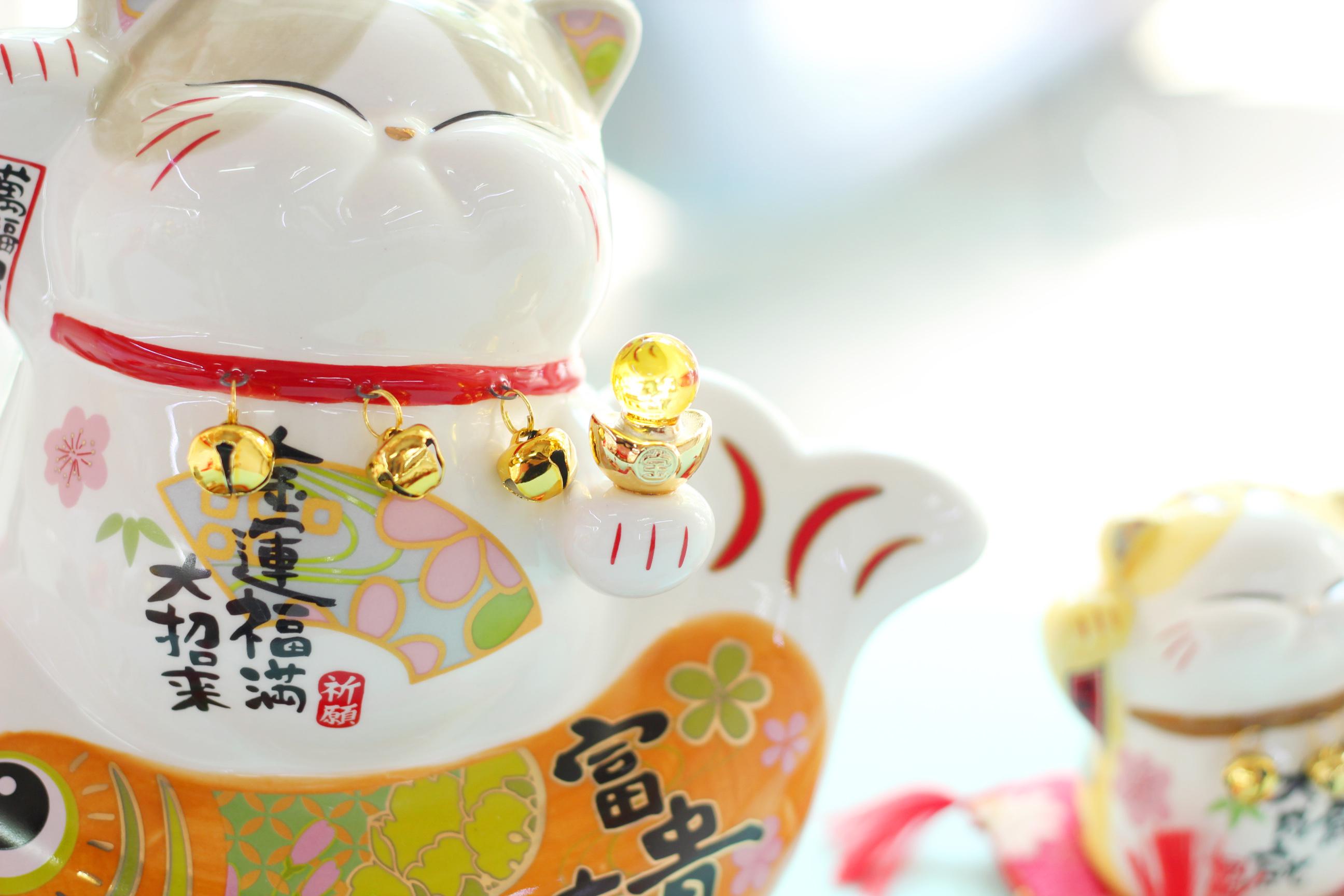 """Mèo Thần tài Jinshi 3 Chuông ngồi Cá Chép 22cm """"Phú Quý Hữu Dư"""" (có video sản phẩm)"""