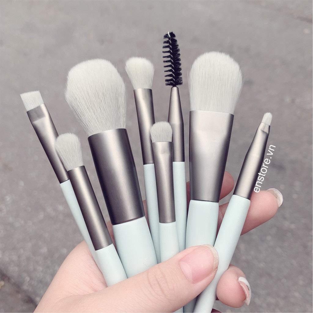Bộ Cọ Trang Điểm Cá Nhân Có 8 Cây, Nhiều Màu Lựa Chọn, Có Túi Đựng Thời Trang, Lông Mịn, Dễ Chịu Cho Da, Thuận Tiện Khi Sử Dụng, Đầy Đủ Chức Năng Makeup Cơ Bản, Mang Theo Dễ Dàng Để Dùng Trong Nhiều Hoàn Cảnh
