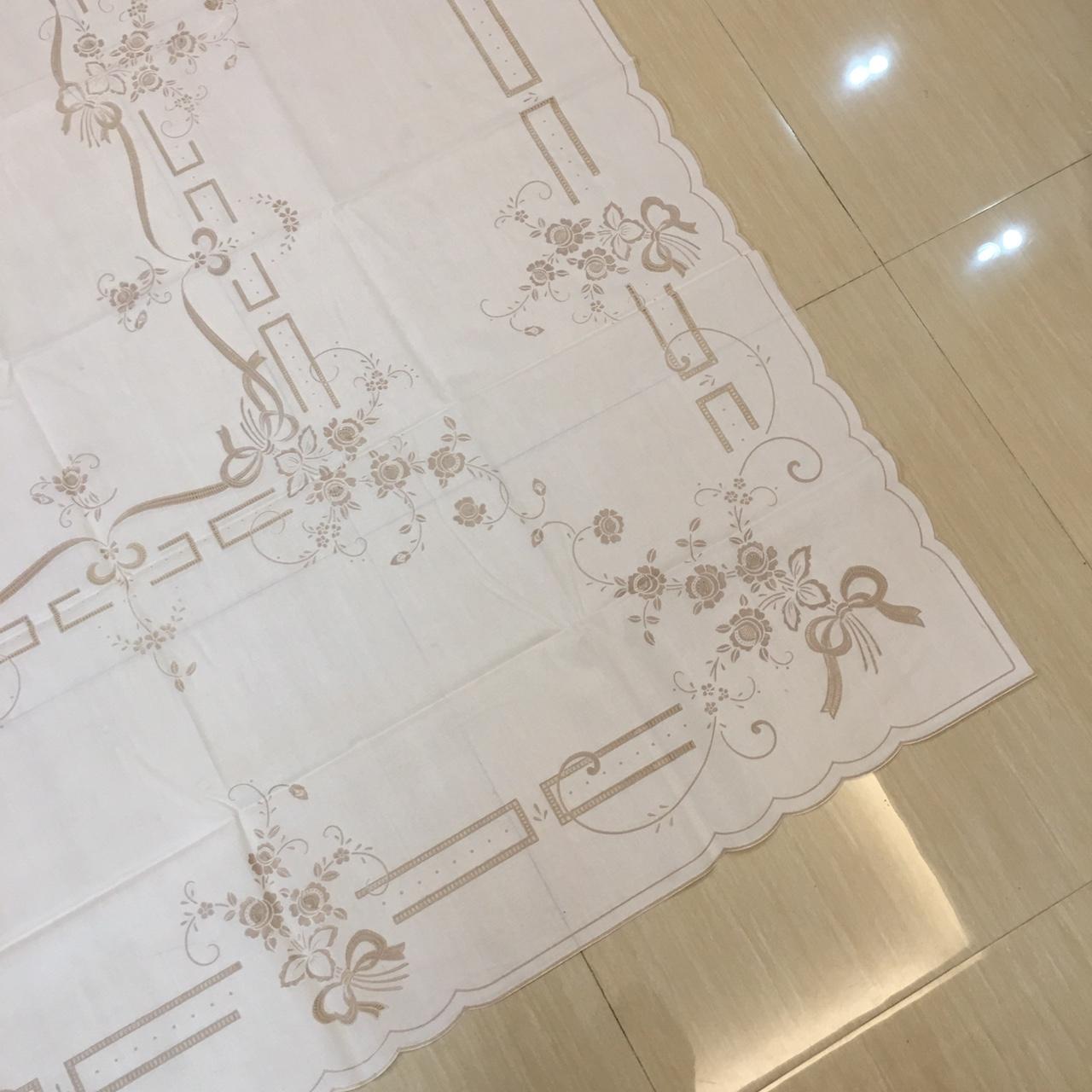 Khăn trải bàn hình chữ nhật cao cấp của Nhật Bản (140 x 200 cm) Không thấm nước