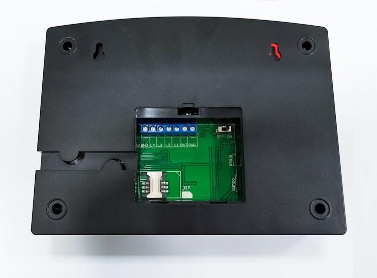 Thiết bị báo động chống trộm điều khiển qua điện thoại thông minh Version 2 (Tặng nút kẹp cao su giữ dây điện -giao màu ngẫu nhiên)