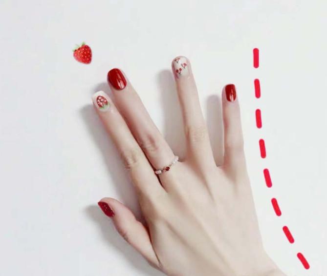 Bộ 24 móng tay giả nail thời trang họa tiết bắt mắt chống thấm nước (E001)