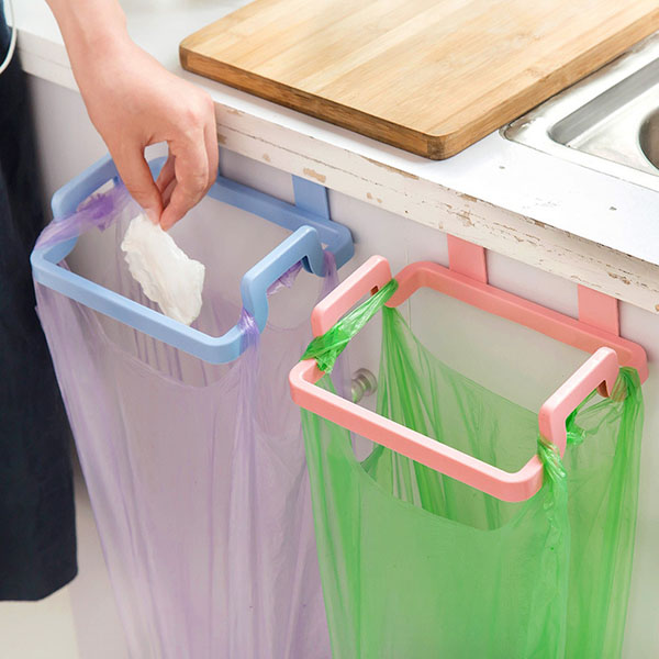 Bộ 2 Giá treo túi rác nhà bếp cài cửa siêu tiện dụng (Giao ngẫu nhiên) - Hàng chính hãng