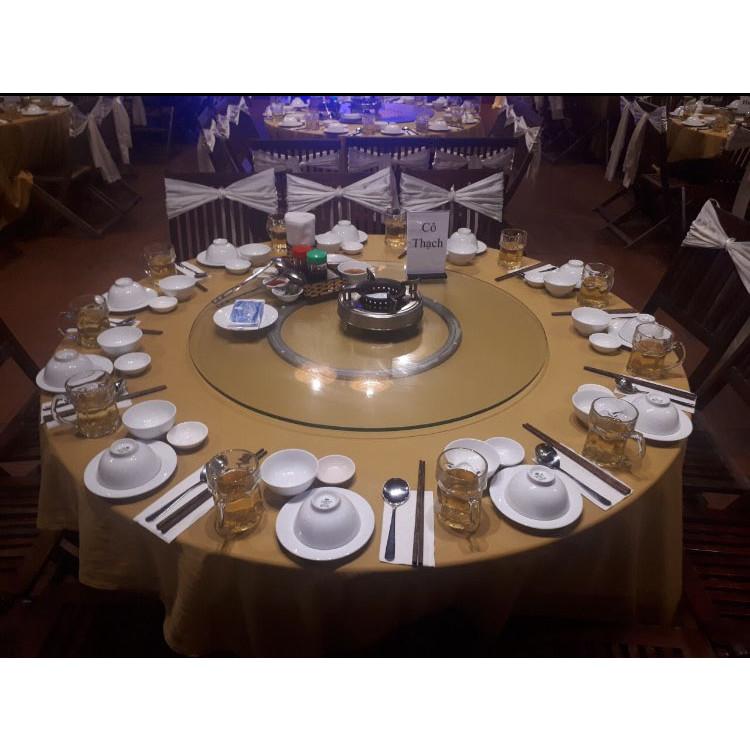Bộ vòng xoay nhôm bàn ăn kích thước 80cm bao gồm đế xoay nhôm tròn 39cm, mặt kính tròn cường lực đường kính 80cm dày 10 ly, mài bóng cạnh, dùng cho bàn ăn tròn 1,4m, hợp với bàn tròn gỗ, bàn tròn inox, bàn tròn đá hoa cương, phù hợp cho hộ gia đình, nhà hàng tiệc cưới, dùng để trang trí và thuận tiện gắp thức ăn