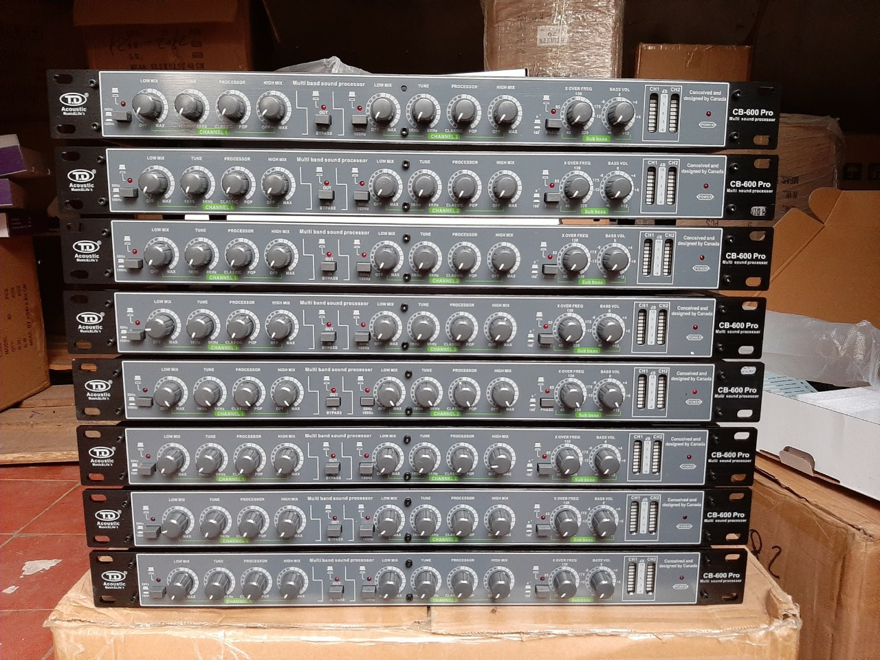 Nâng tiếng TD Acoustic CB600 pro chân AV mạ đồng vàng chính hãng