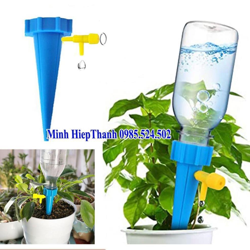 Dụng cụ tưới nước nhỏ giọt tự động cho cây trồng , cọc tưới nước nhỏ giọt 206801-1