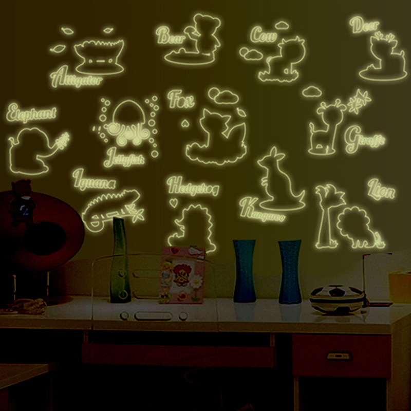 Decal dán tường dán các con thú tiếng anh phát sáng ban đêm ABQ9613