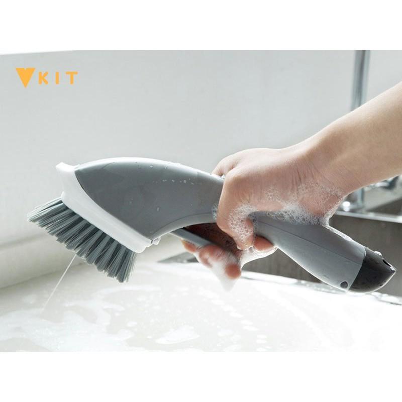 Cây bàn chải đa năng tích hợp ngăn chứa xà phòng