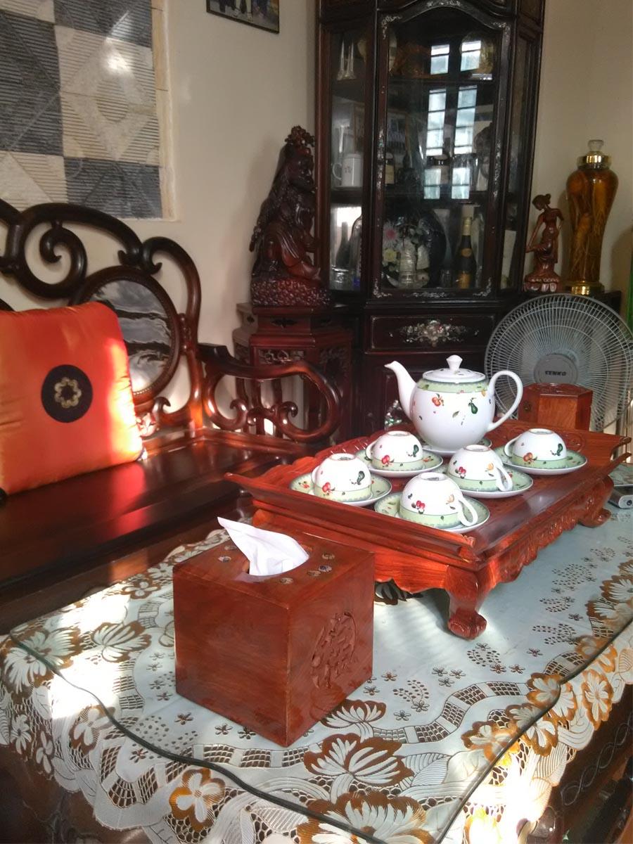 Hộp khăn giấy bằng gỗ hương ta đỏ cao cấp lọng chữ phúc vuông HGV01