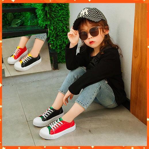 Giày đế mềm cách điệu 2 màu cực xinh cho bé (2 - 8 tuổi)