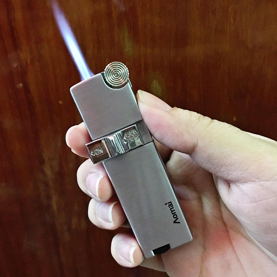 Bật Lửa Cao Cấp gas đá AOMAI 318 có khóa gas