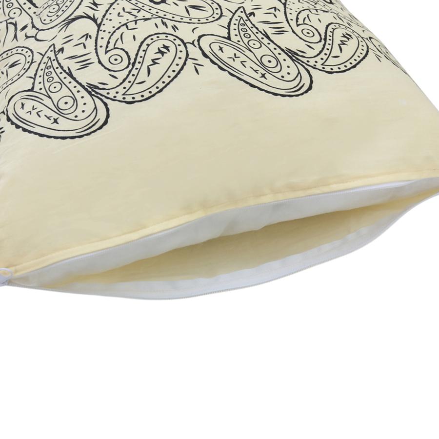 Gối Trang Trí Sofa Vuông Họa Tiết Sang Trọng 13 ThiVi (42 x 42 x 8 cm) - Đỏ Phối Hoa Văn Kem