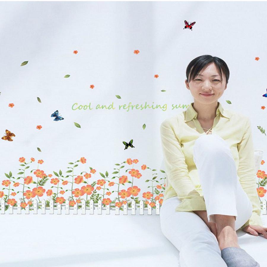 decal dán tường chân rào hoa ly ti màu cam đẹp