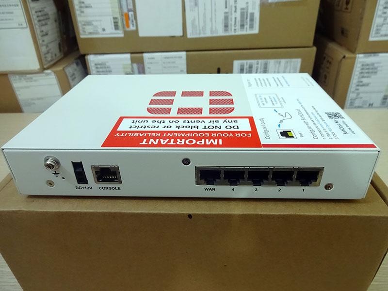 Thiết bị tường lửa FG-30E Firewall Fortinet FortiGate-30E 1x WAN port, 4x Switch ports - Hàng nhập khẩu