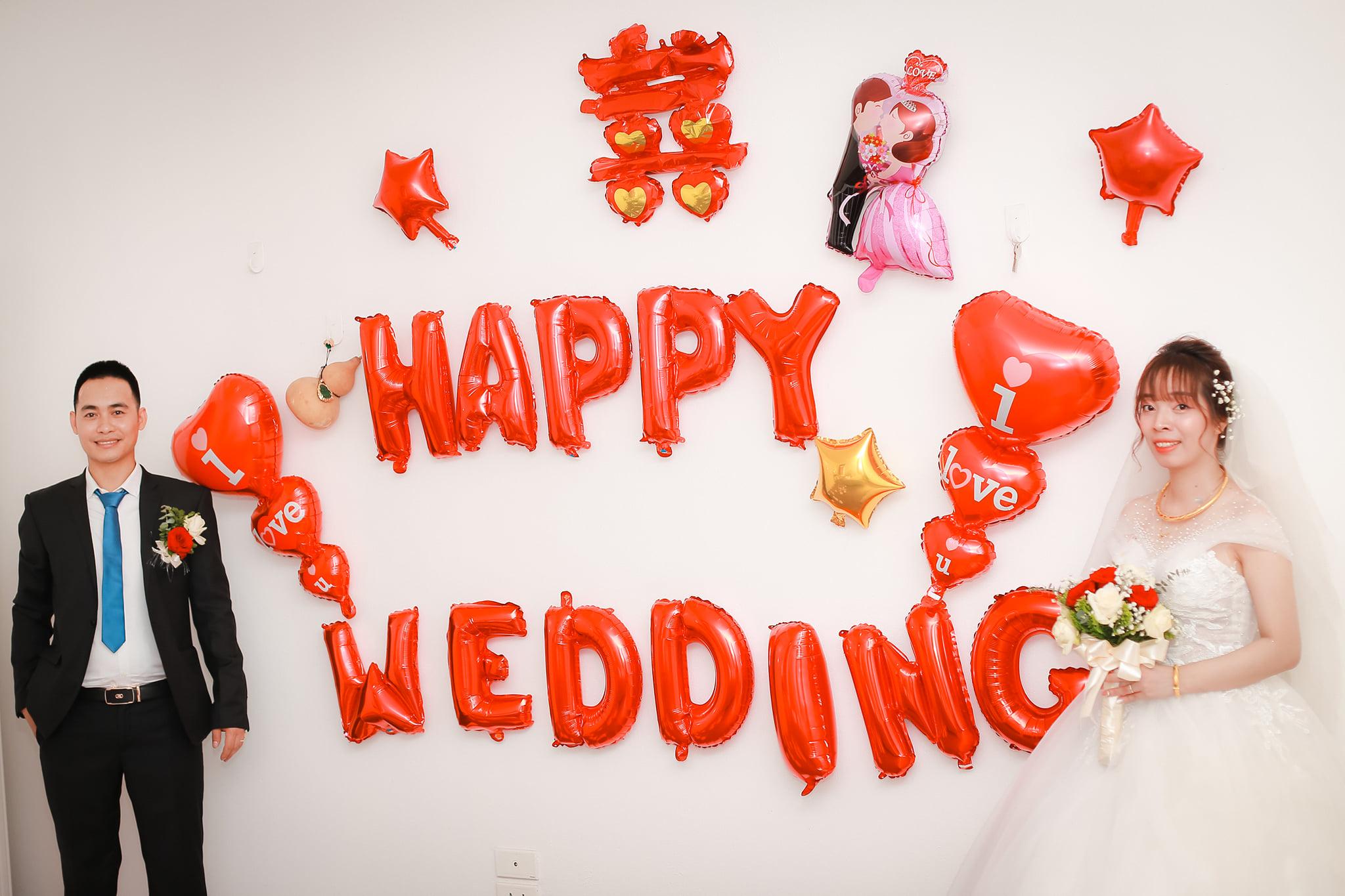 Set bóng trang trí phòng cưới phòng tân hôn trắng đỏ lãng mạn