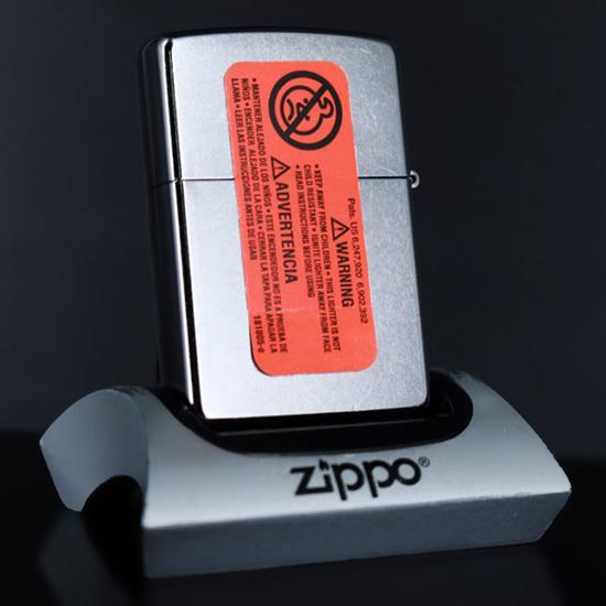 Bật Lửa Zippo 207 Vintage Pin Up