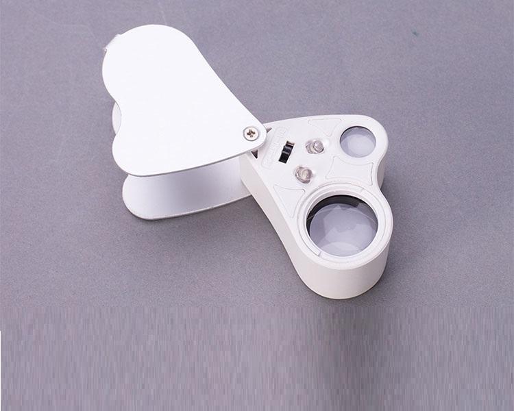 Kính lúp 30-60X cầm tay có đèn V2
