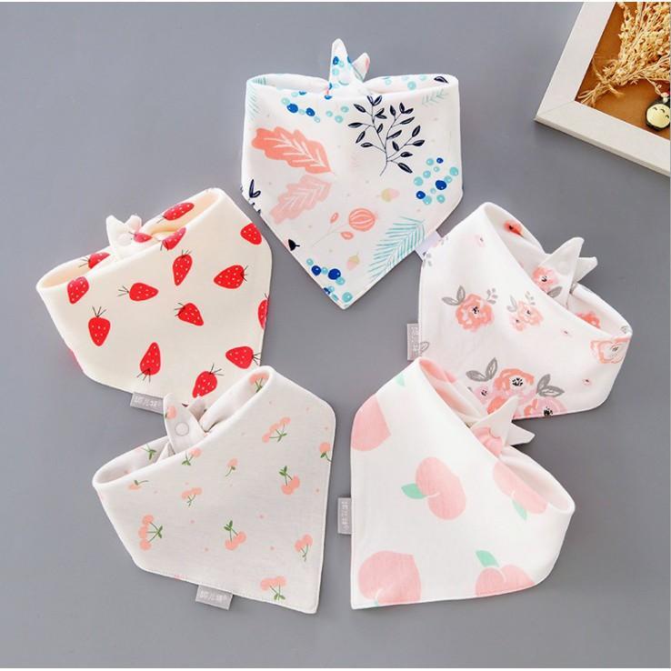 Set 5 khăn yếm tam giác cao cấp cho bé