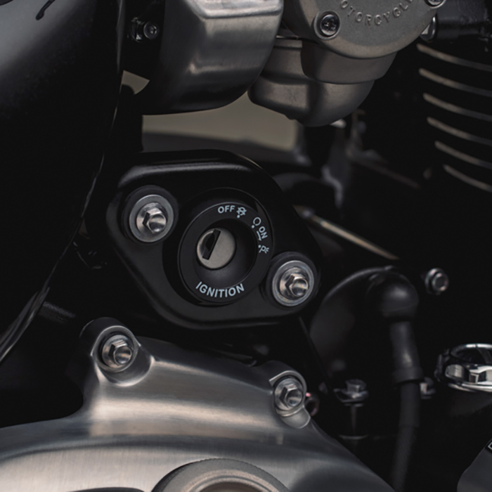 Xe Môtô Triumph SpeedMASTER - Đen Bóng