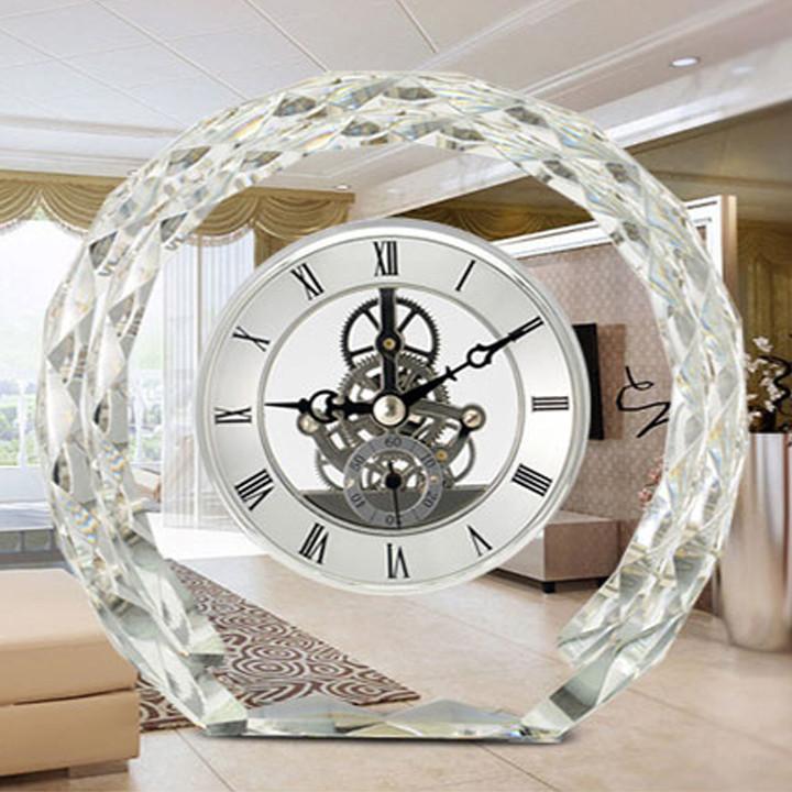 Đồng hồ để bàn - mặt pha lê cao cấp