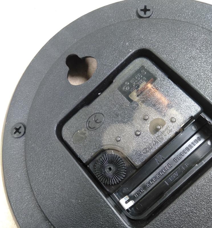 Đồng hồ treo tường sáng tạo ST02