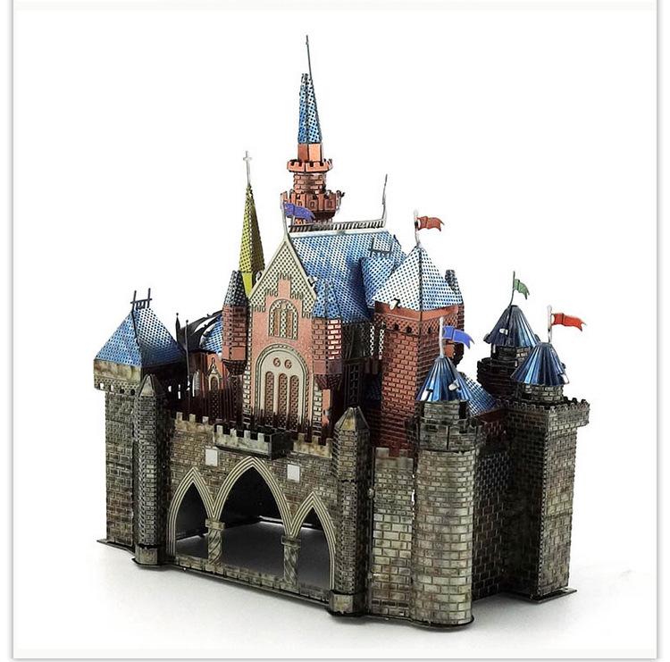 Mô hình thép 3D tự ráp Lâu đài công chúa màu