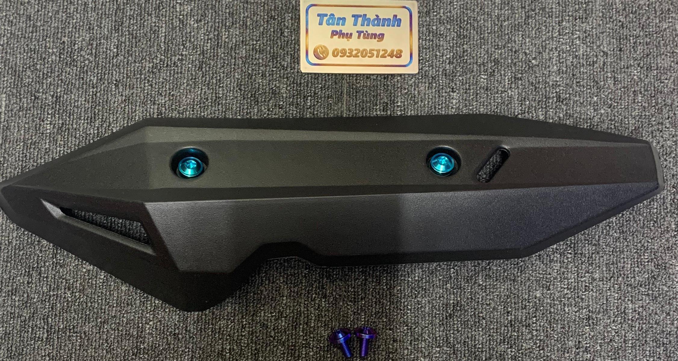 Ốp pô dành cho xe Vario 2018-2020 nhựa kèm 2 ốc GR5