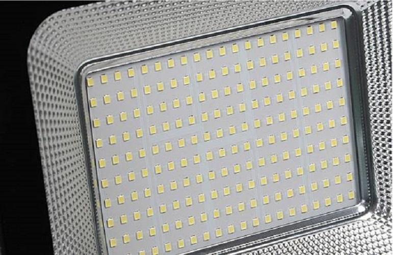 Bộ 2 đèn Led pha chíp dán 30W