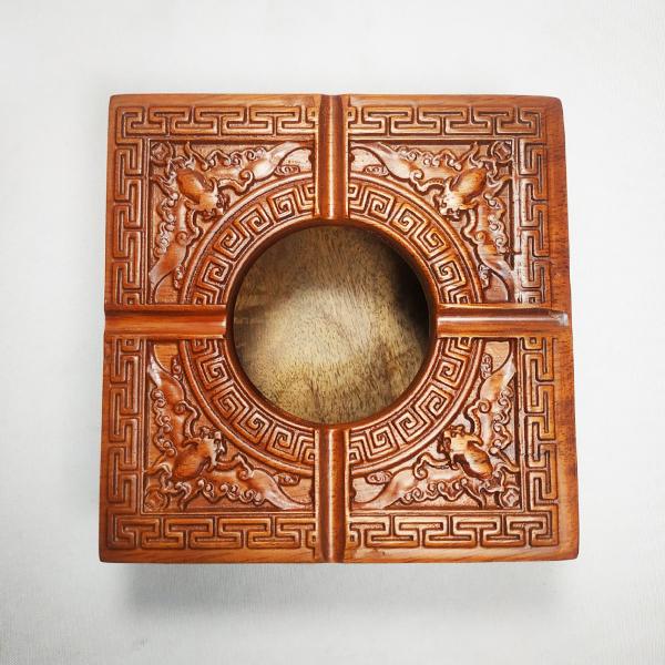 Gạt tàn gỗ hương vuông trạm khắc hoa văn tinh xảo