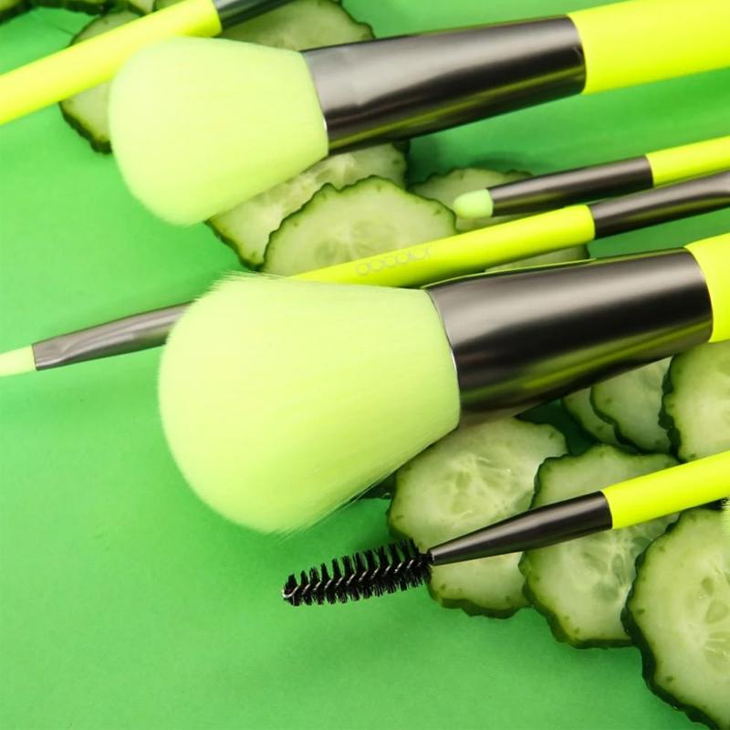 Bộ Cọ Docolor Neon Green 10 Cây